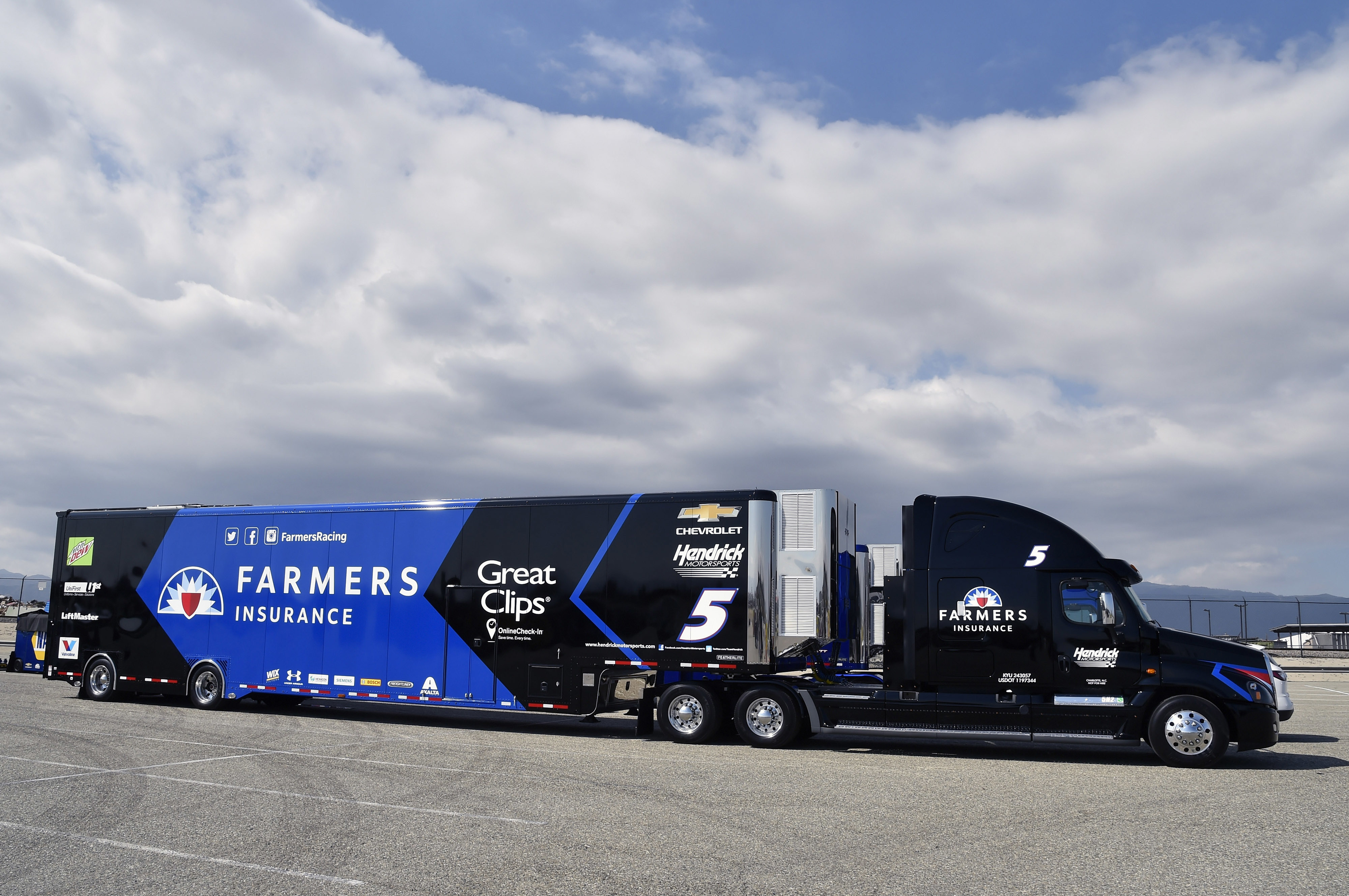 Power & Passion: Hauler drivers | Hendrick Motorsports