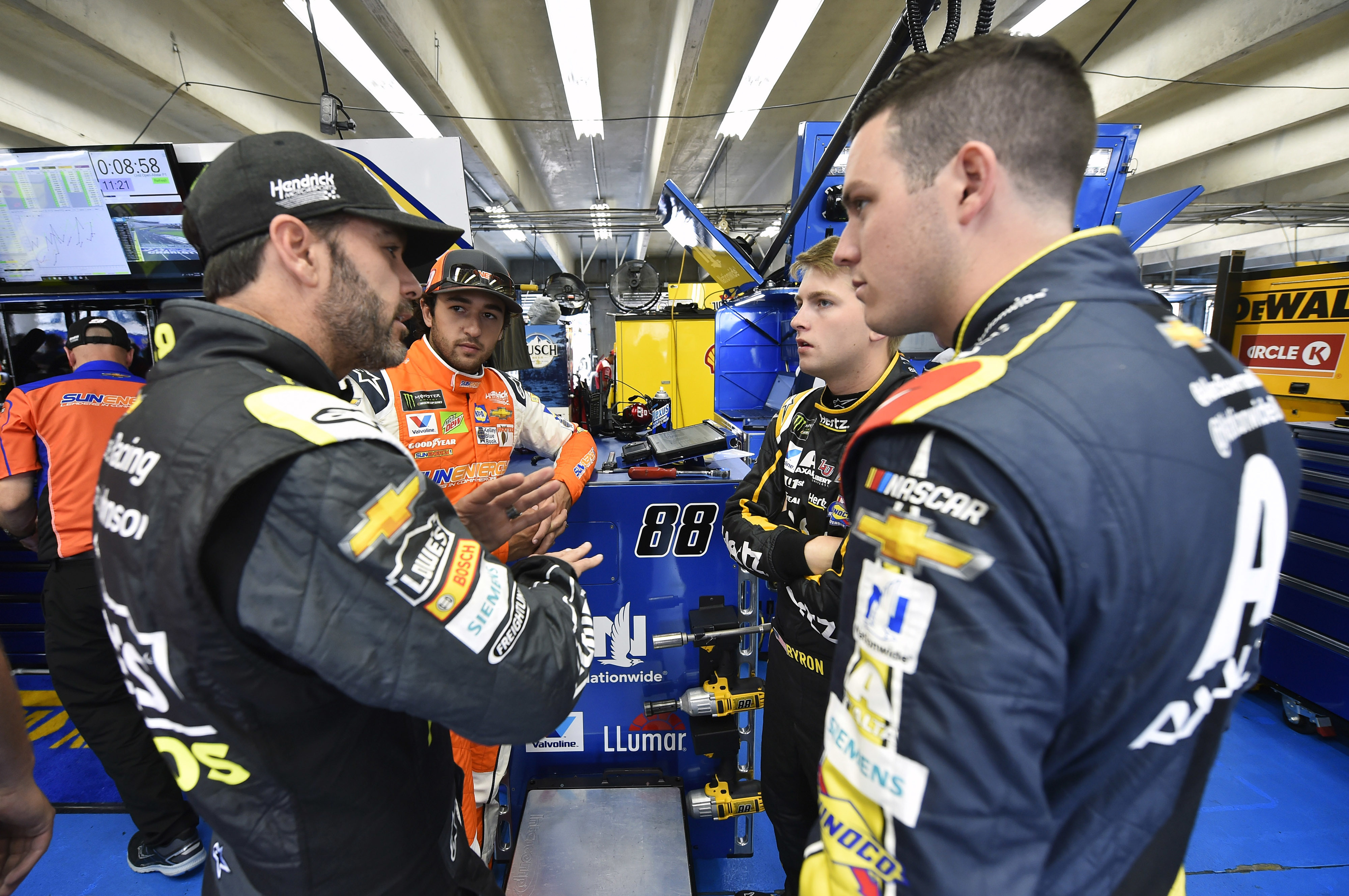 NASCAR announces 2019 Cup Series rules packages | Hendrick