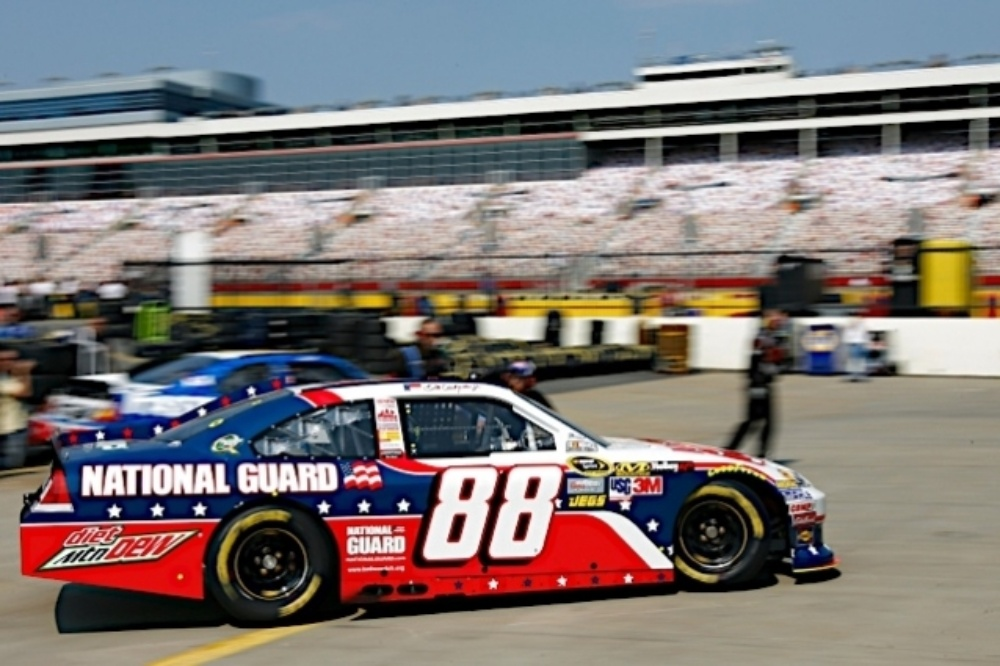 No 88 team at charlotte hendrick motorsports for Hendrick motors of charlotte jobs