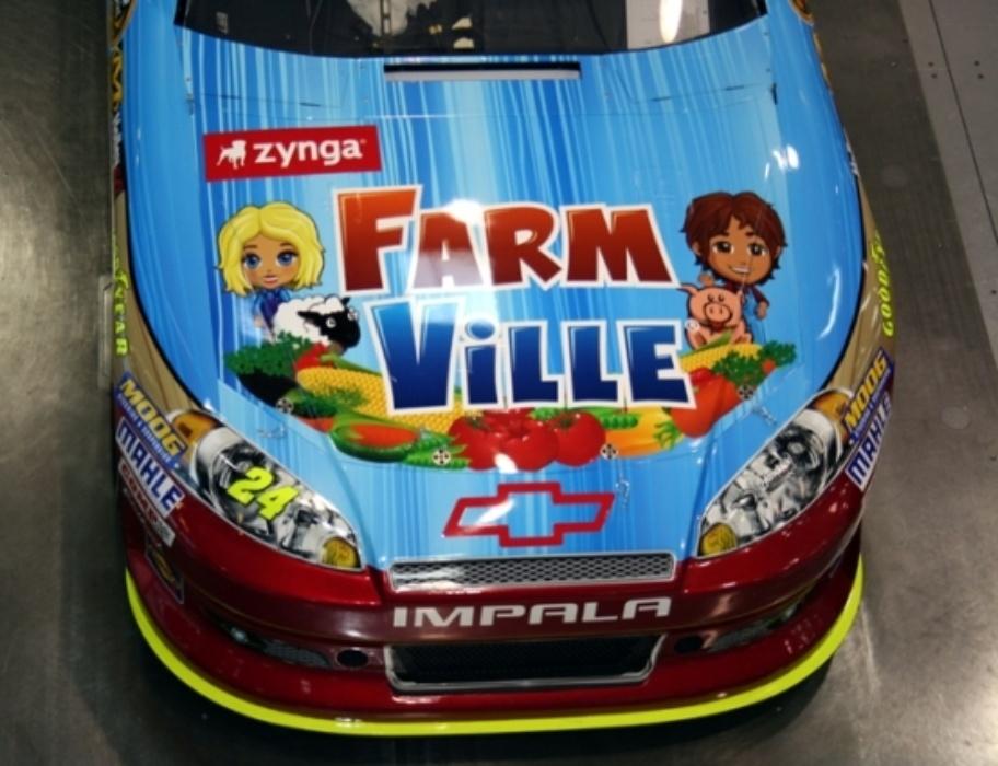 Farmville On Jeff Gordons No 24 Chevy At Bristol Hendrick