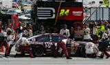 Jeff Gordon, No. 24 team at Texas