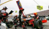 Jeff Gordon's No. 24 team at Loudon