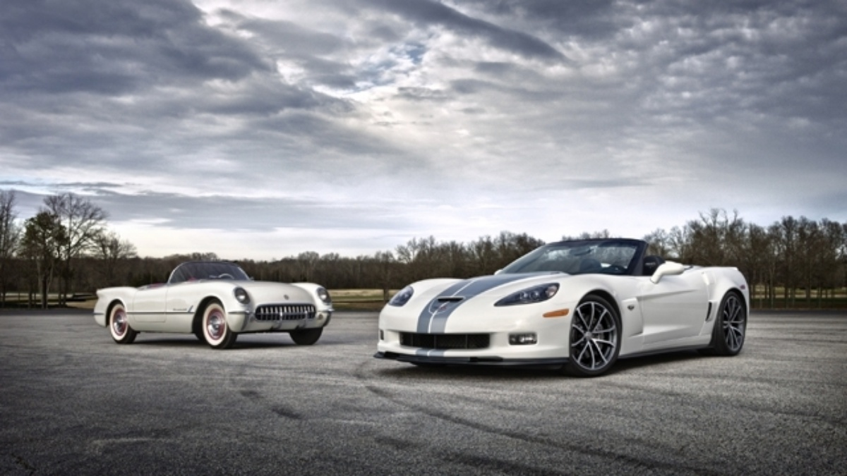 2013 Corvette on auction at Barrett-Jackson Saturday&#x3B; sale benefits Drive to End Hunger