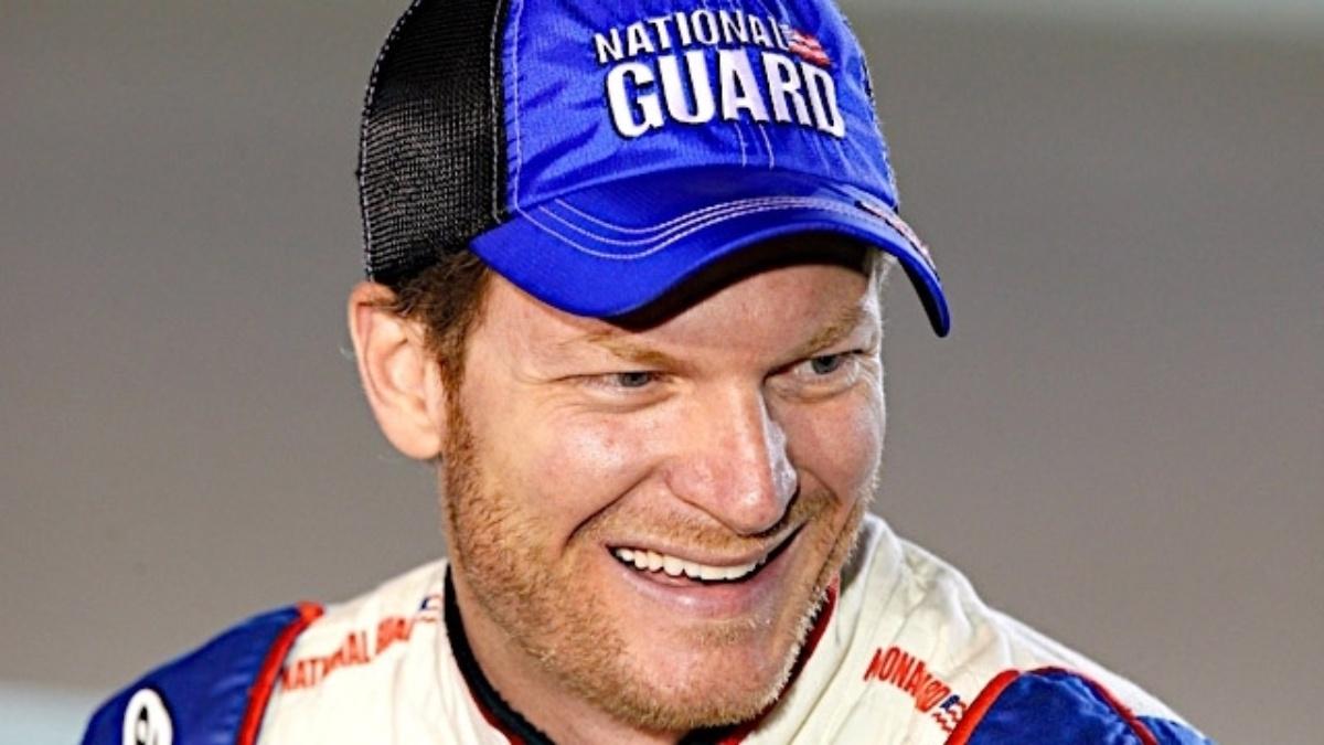 Dale Earnhardt Jr. named 2013 Most Popular Driver
