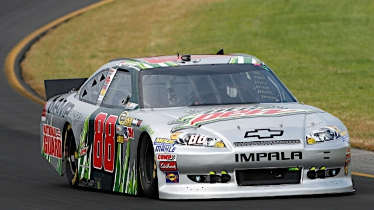 Earnhardt, Gordon sweep front row at Richmond