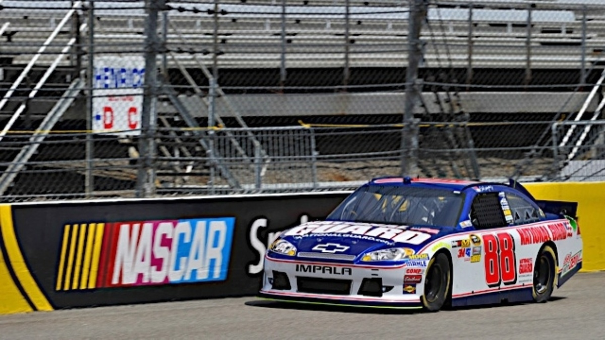 Earnhardt, Kahne and Johnson finish in top six at Richmond