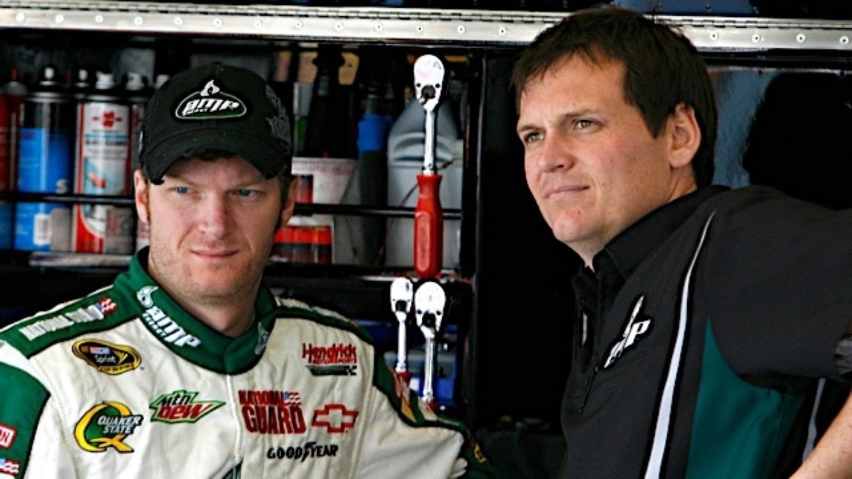 Earnhardt, No. 88 team gearing up for Saturday night showdown at Texas