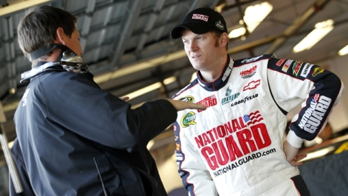 Earnhardt draws pole for Shootout