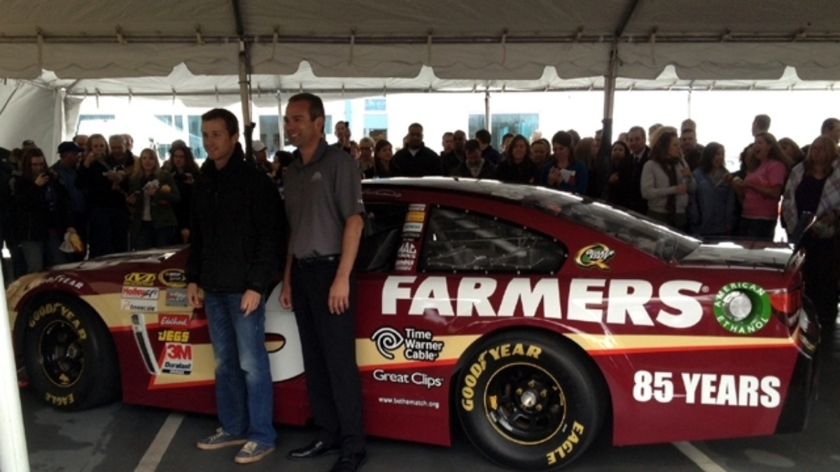 Farmers Insurance, Kasey Kahne unveil special 85th Anniversary paint scheme