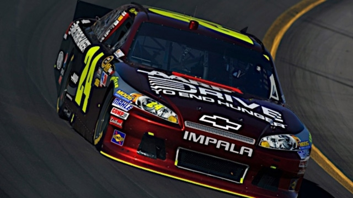 Gordon, Kahne qualify in top 10 at Bristol