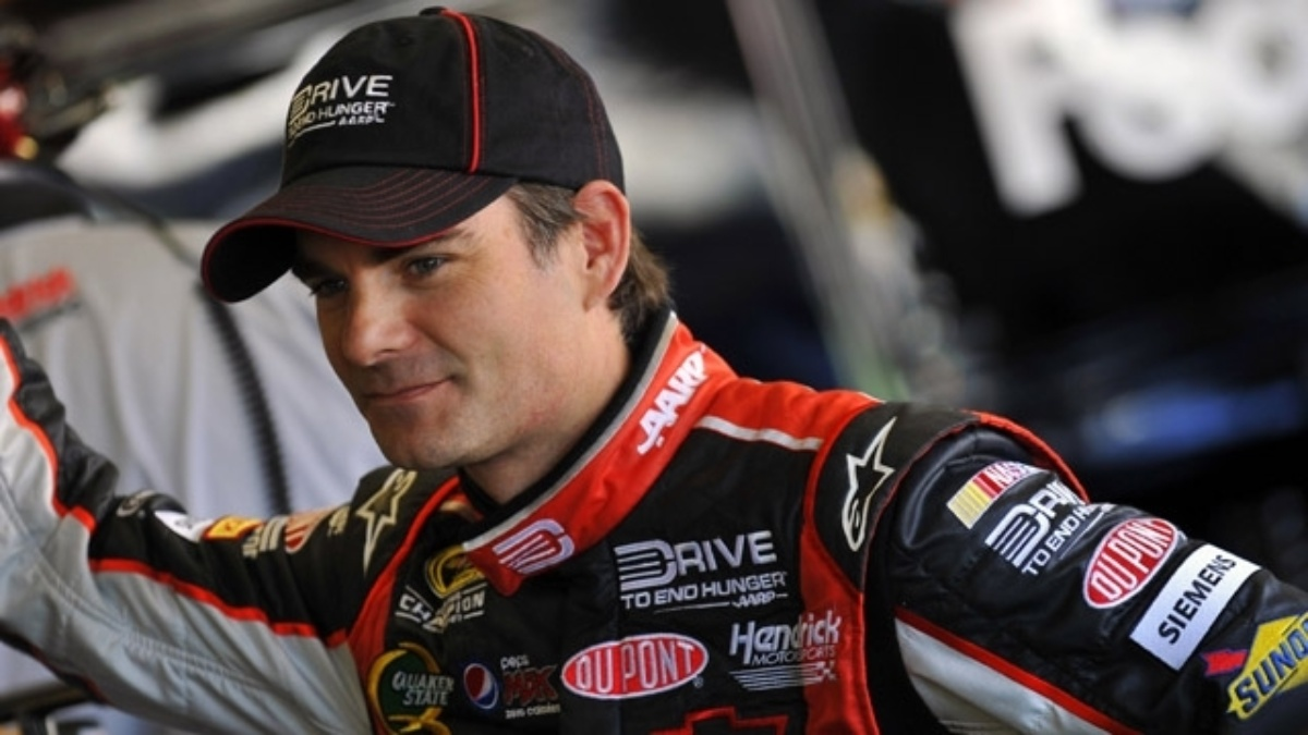 Gordon qualifies seventh at New Hampshire