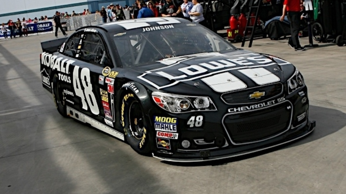 Hendrick Motorsports teammates qualify inside top 15 at Las Vegas