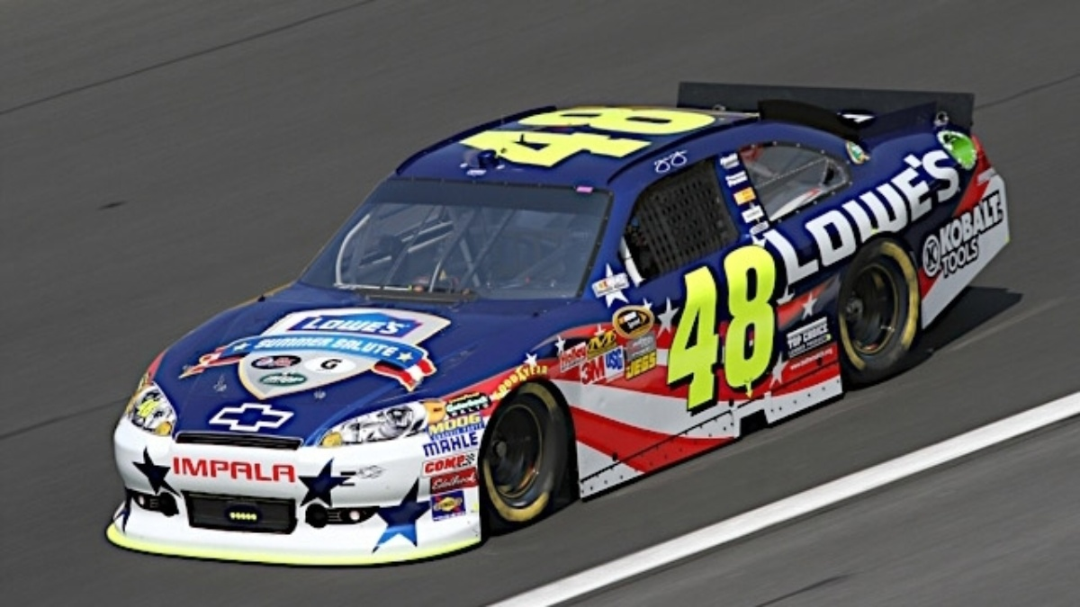 Hendrick trio in top 13 during Charlotte qualifying