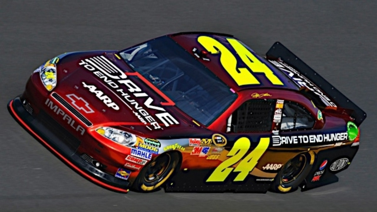 Homestead-Miami Speedway joins Gordon, AARP Foundation in Drive to End Hunger