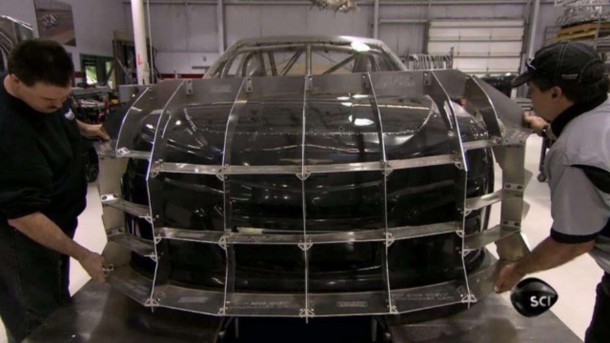 &quot&#x3B;How It's Made&quot&#x3B; explores NASCAR's new Gen-6 race car