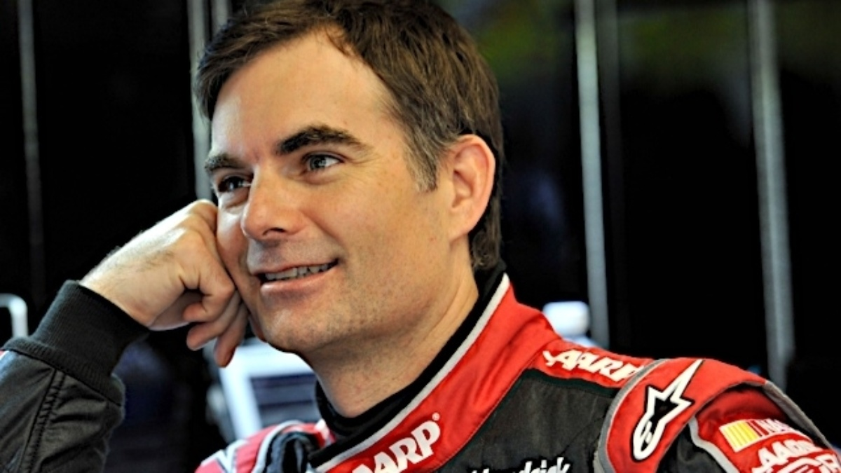 Jeff Gordon, Dale Earnhardt Jr. qualify in top 15 at Darlington