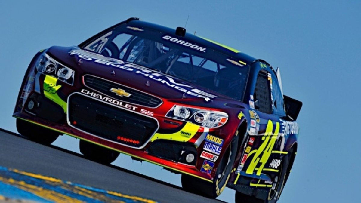 Jeff Gordon finishes second, Hendrick Motorsports teammates in top 12 at Sonoma