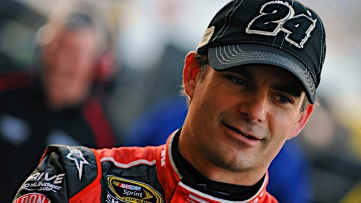 Jeff Gordon named 2012 Heisman Humanitarian recipient