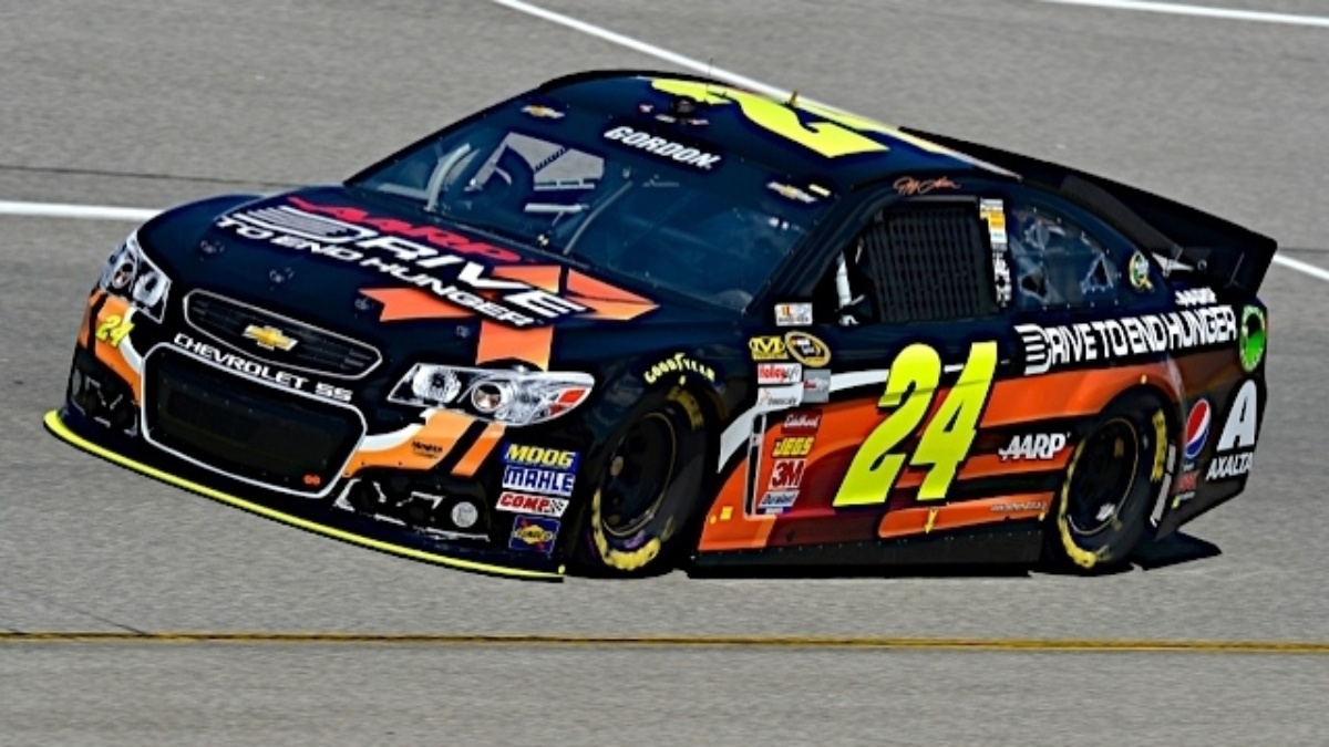 Jeff Gordon's No. 24 Chevy SS honors Hunger Action Month