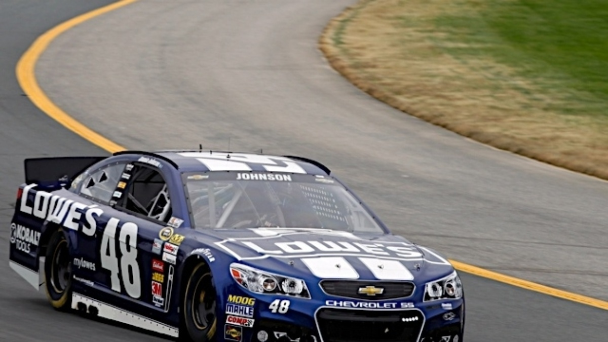 Jimmie Johnson, Jeff Gordon finish in top 10 at Loudon