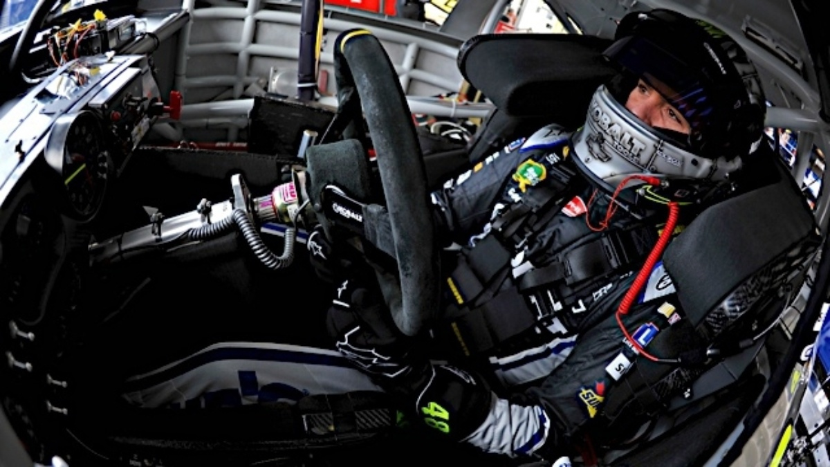 Jimmie Johnson excited to return to his home track