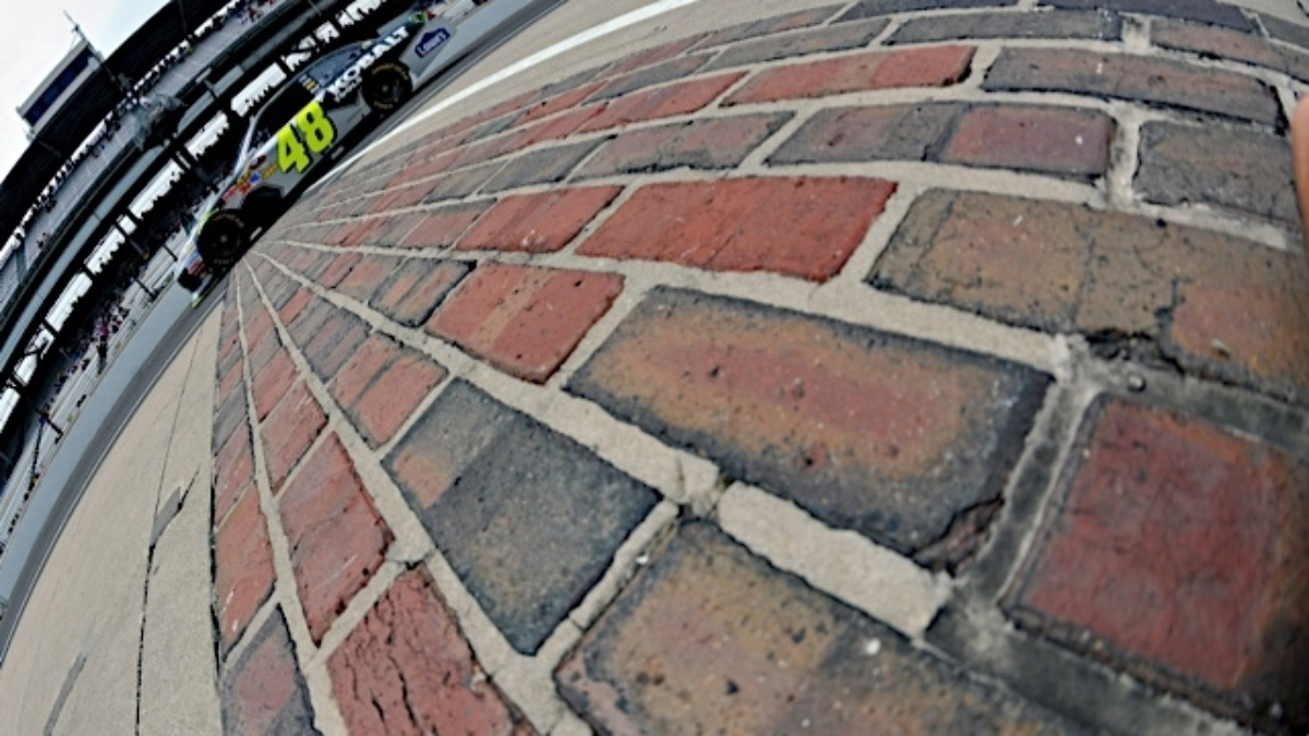 Jimmie Johnson eyes another chance to kiss the bricks
