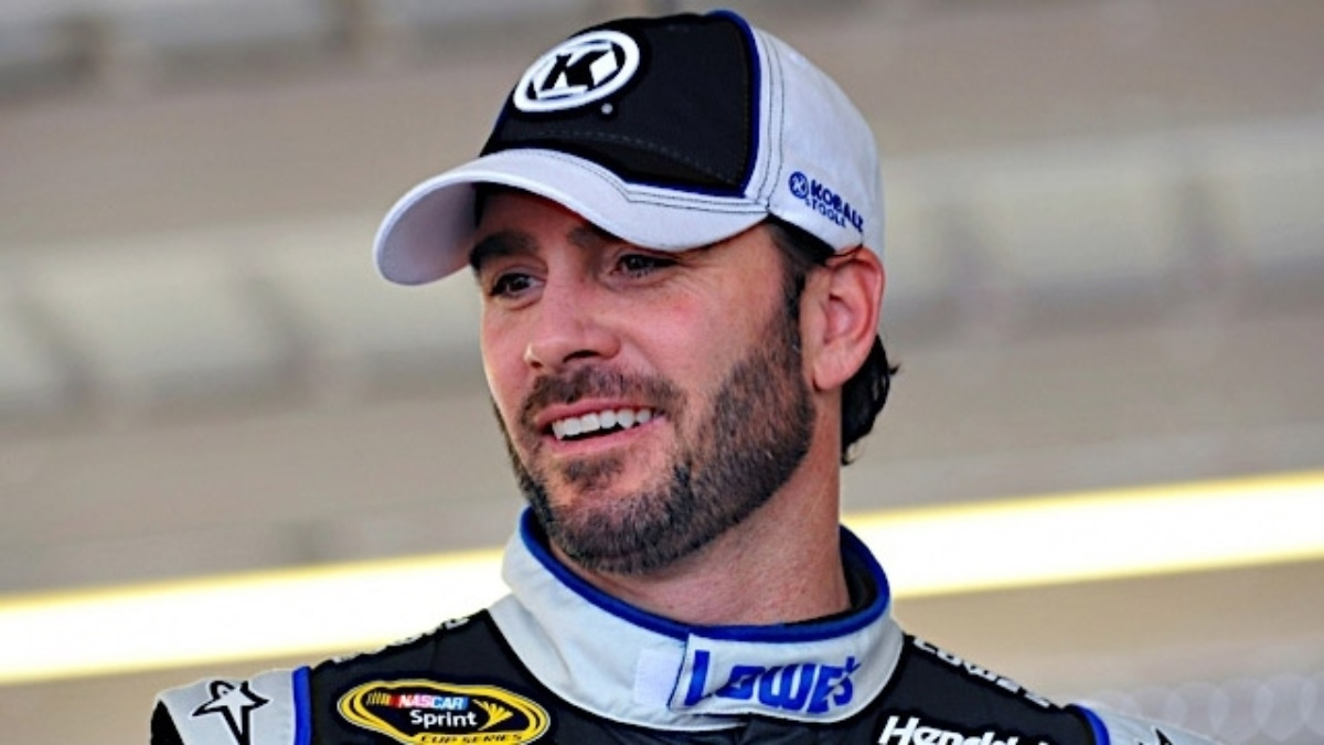 Johnson, Earnhardt finish in top 10 at Texas Motor Speedway
