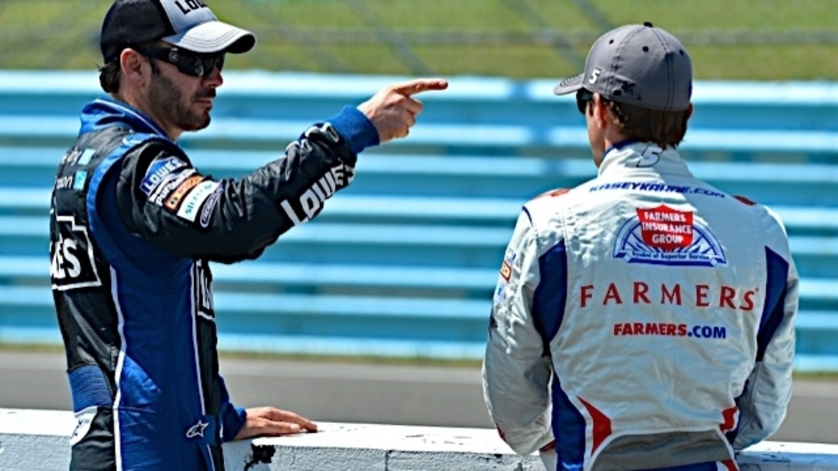 Johnson, Kahne qualify in top 10 at Michigan