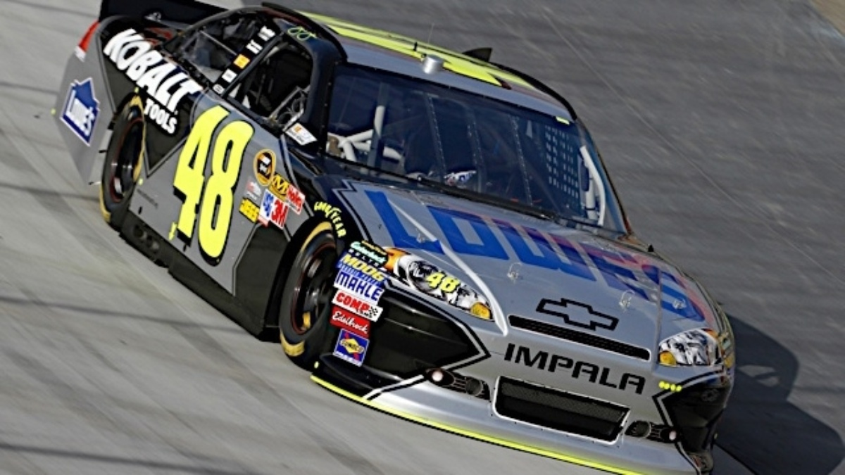 Johnson third, Hendrick teammates round out top 14 at Bristol