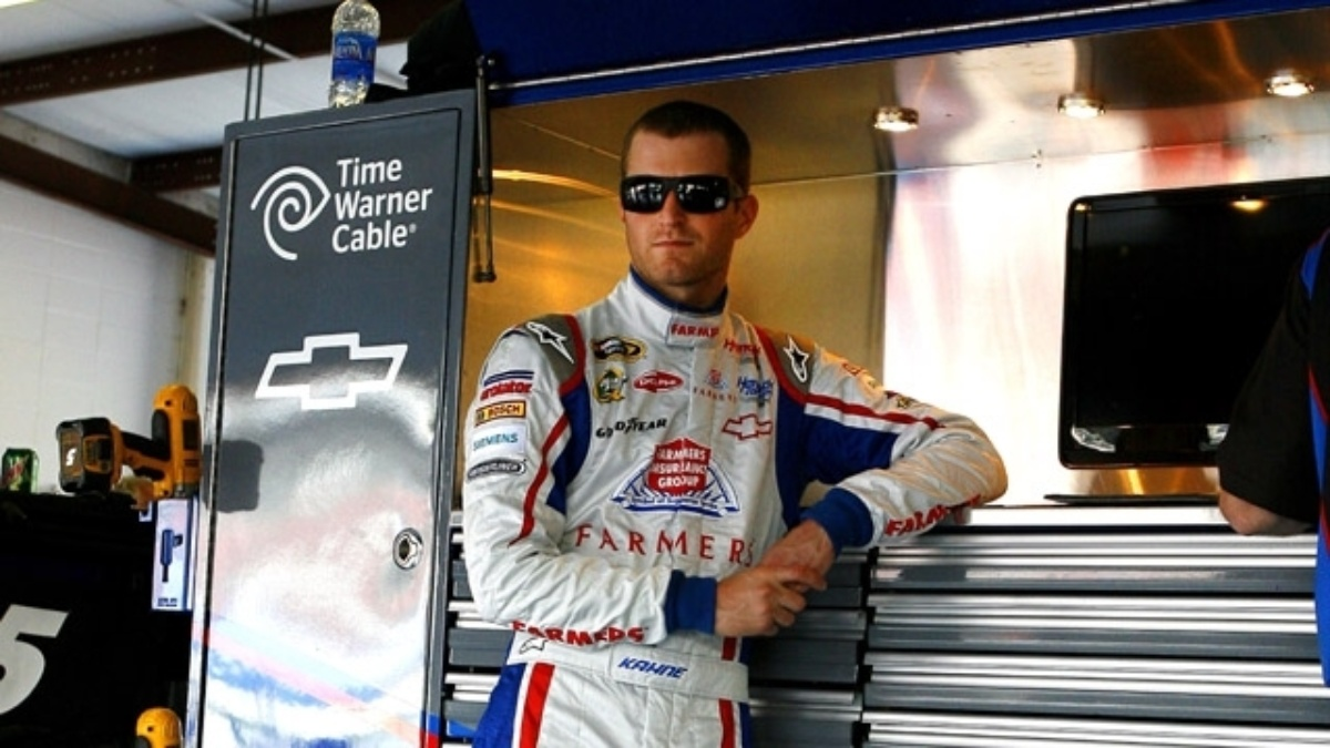 Kahne fourth, Earnhardt ninth at Talladega