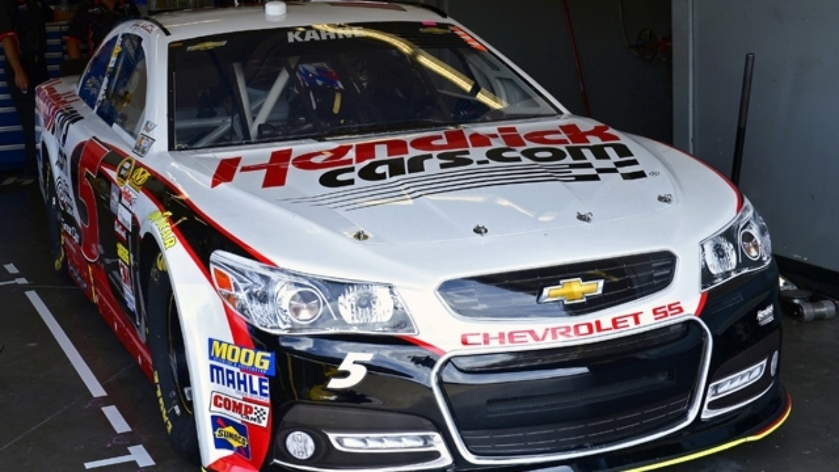 Kasey Kahne and Jimmie Johnson inside top eight,  teammates in top 23 at Daytona