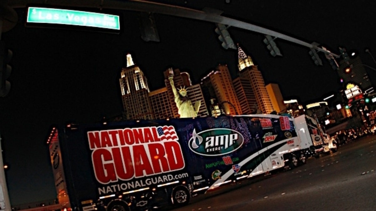 NASCAR Hauler Parade to kick off race weekend at Las Vegas