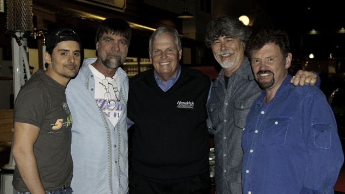 Paisley to attend All-Star event May 21 and premiere new music video on speedway's HDTV