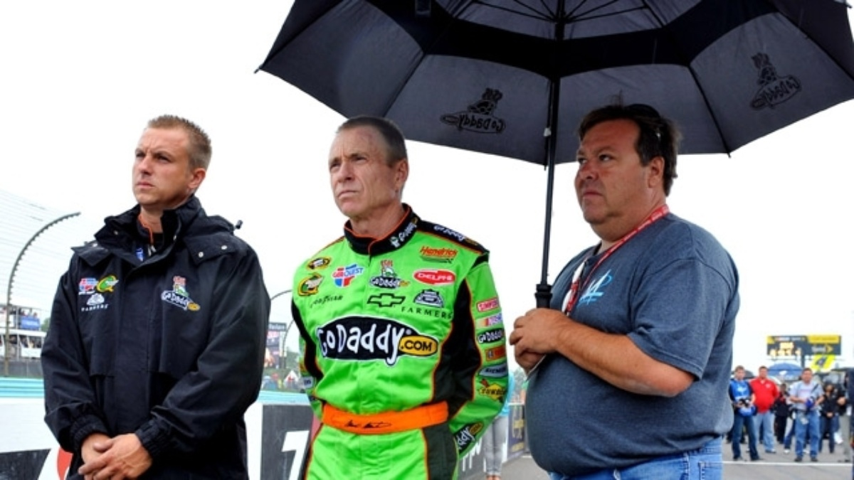 Rain postpones Watkins Glen event to Monday