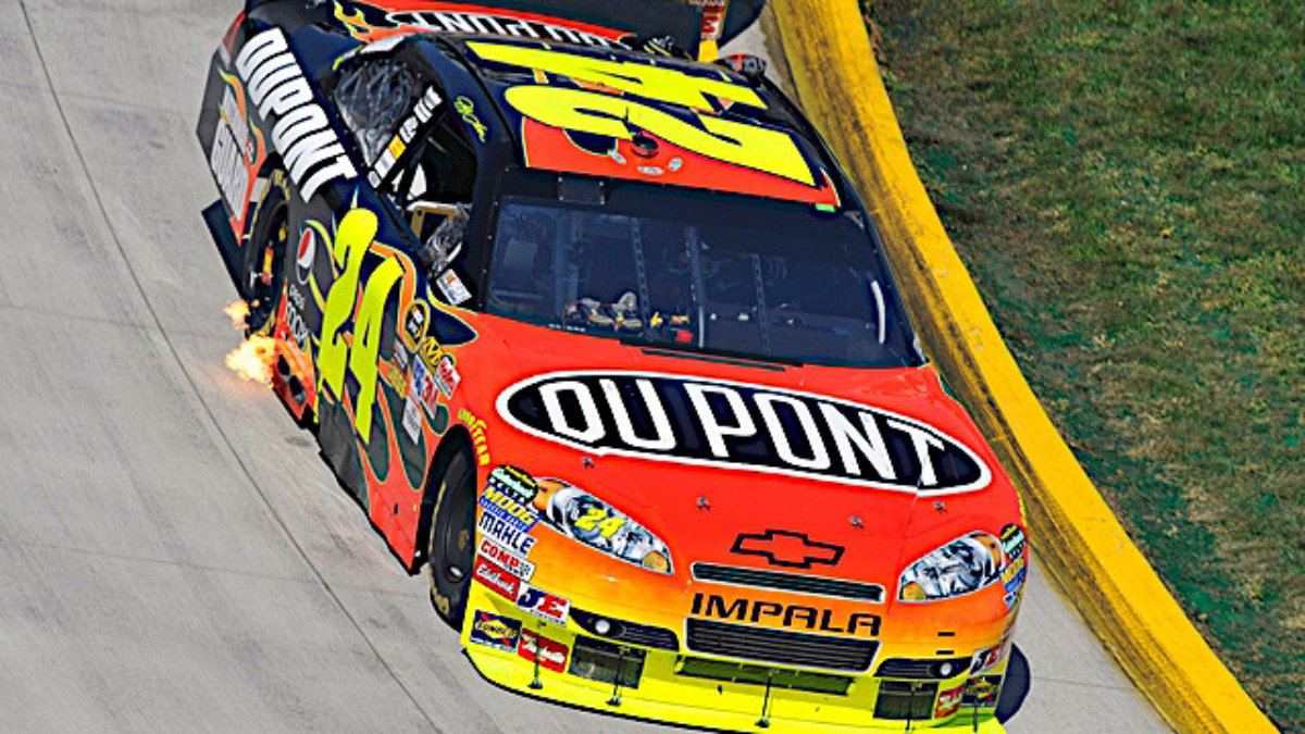 DuPont Extends Sponsorship of Jeff Gordon's No. 24 Team