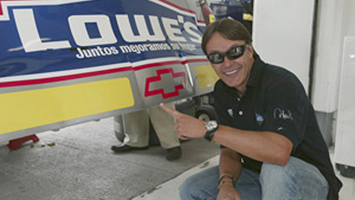 Fernandez Takes Wheel of No. 5 Chevy Again