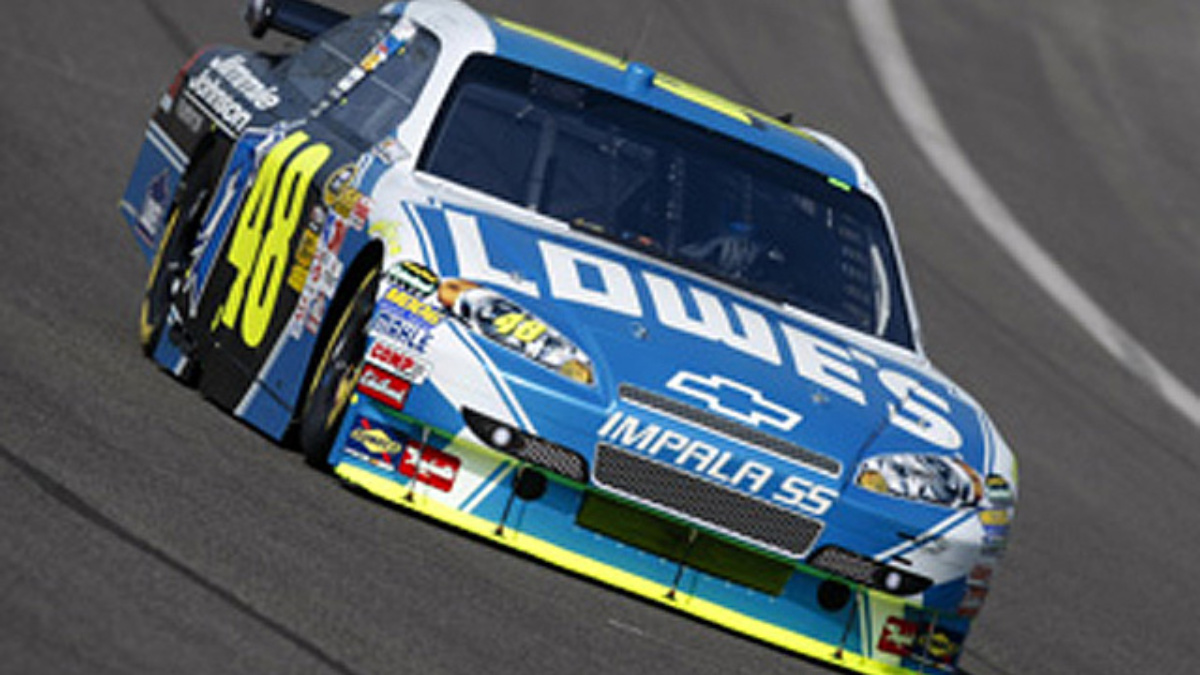 Fontana qualifying: Johnson, Martin, Gordon in top 10