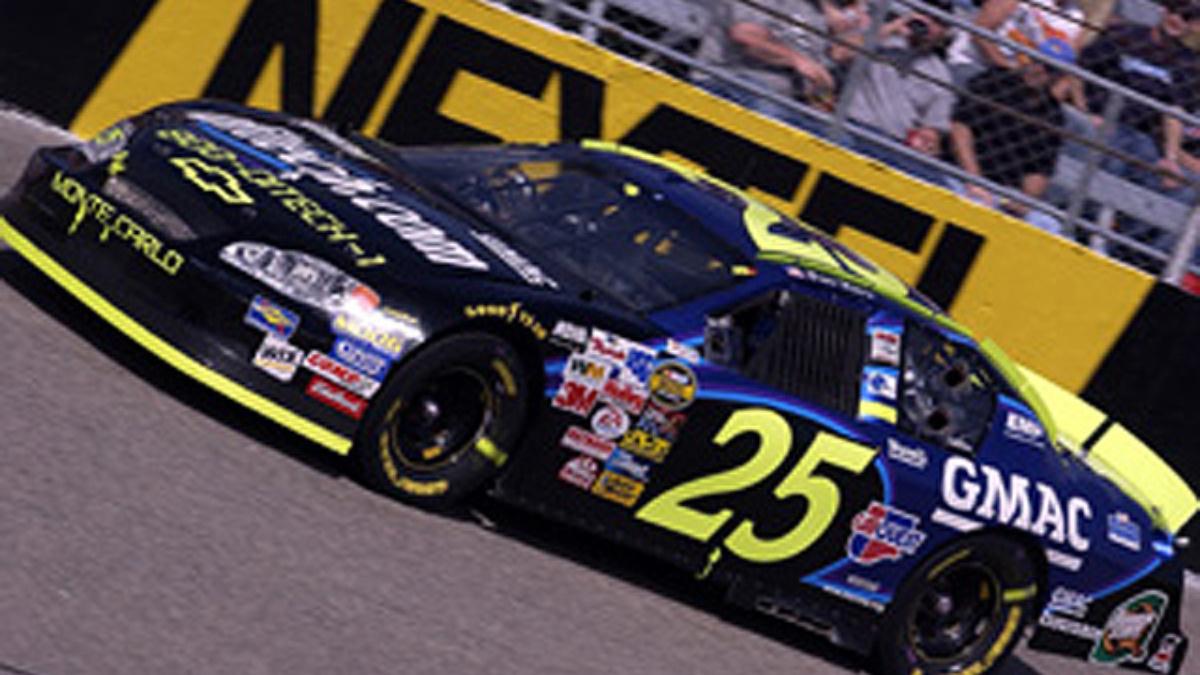 GMAC Racing Eyes Start of 2005 Season