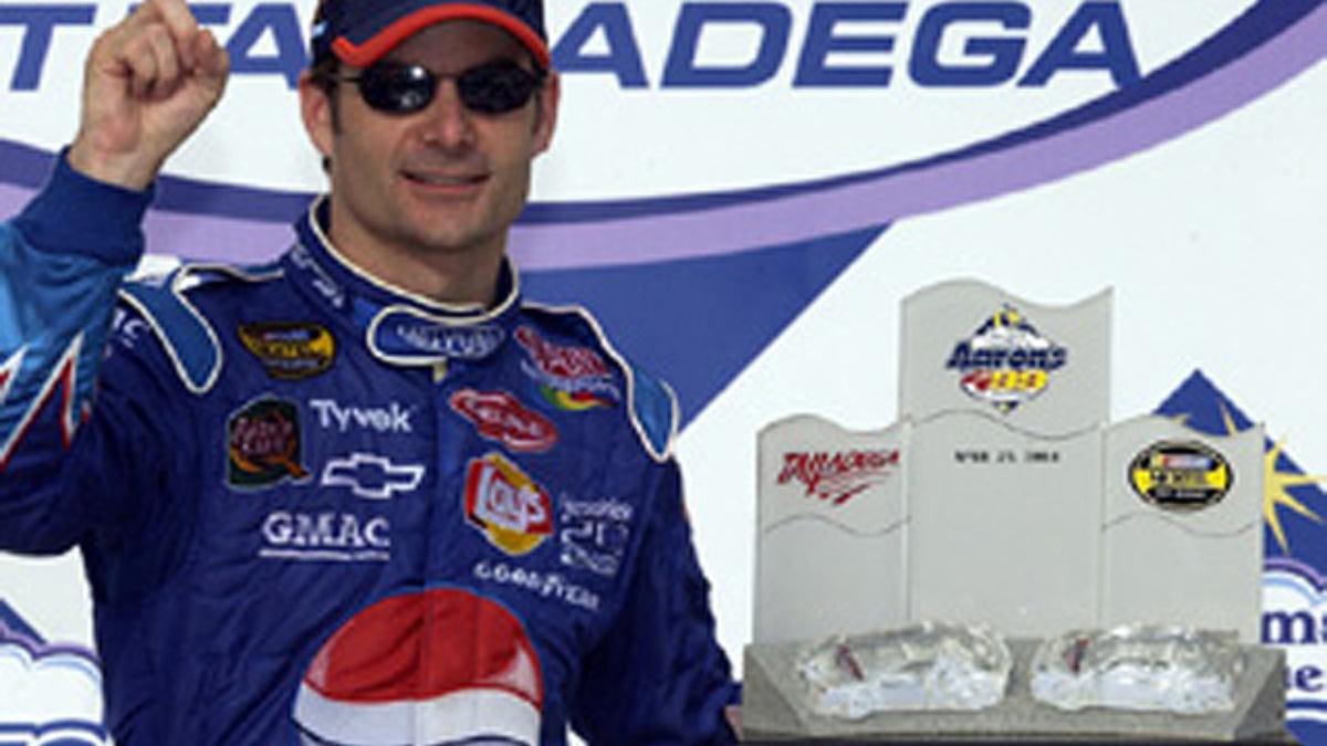 Gordon Wins at 'Dega