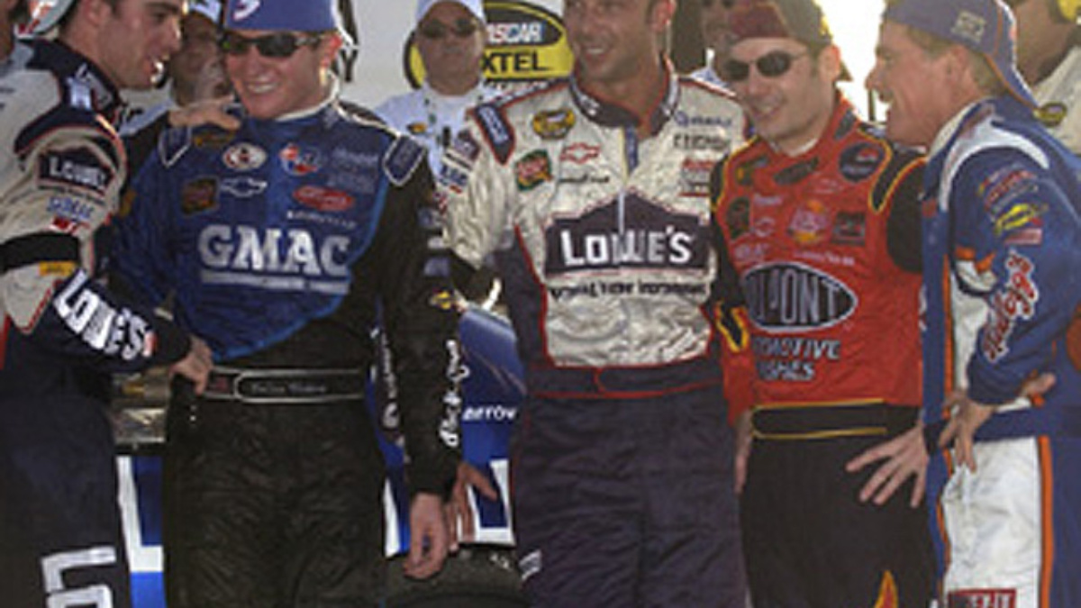 Hendrick Motorsports Wraps Up Successful 2004