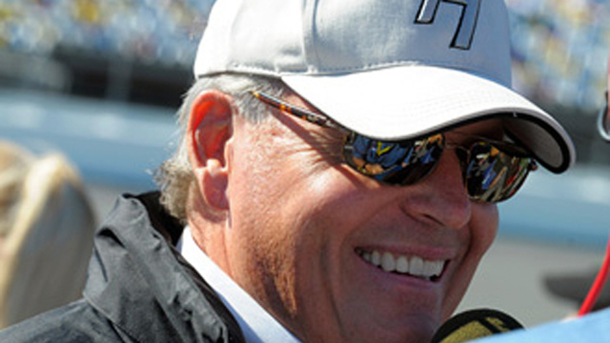 Hendrick, Waltrip to visit NASCAR Hall of Fame Sept. 21