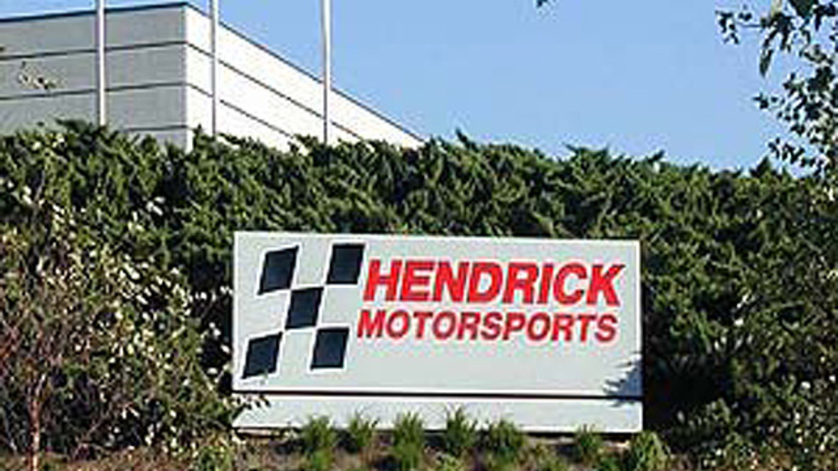 Howes, Duchardt Named Vice Presidents at Hendrick