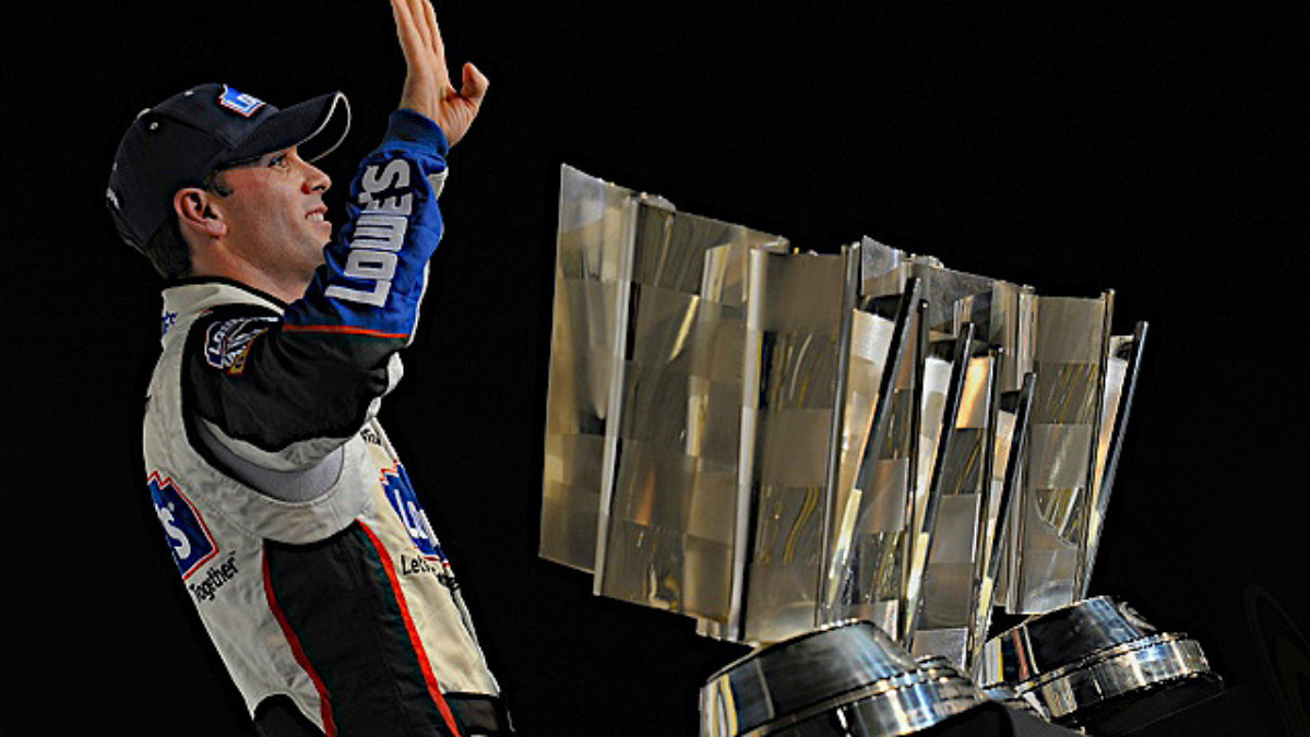 Johnson's championship gives Chevy 26th driver title