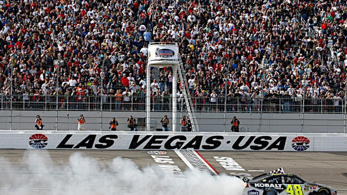 Las Vegas recap: Johnson wins, Gordon and Martin round out top four