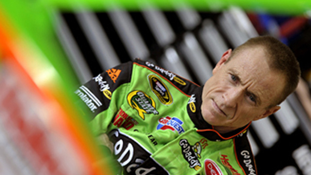 Martin to announce song for Bristol driver intros Sunday