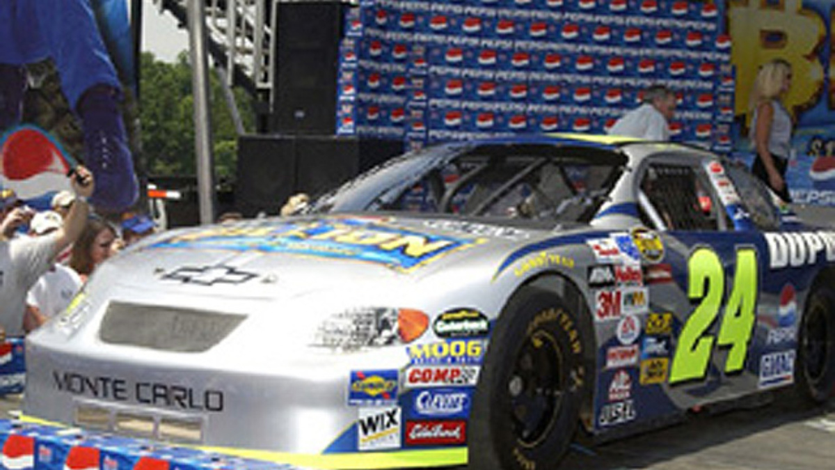 'Play for a Billion' Chevy Unveiled at Fan Fest