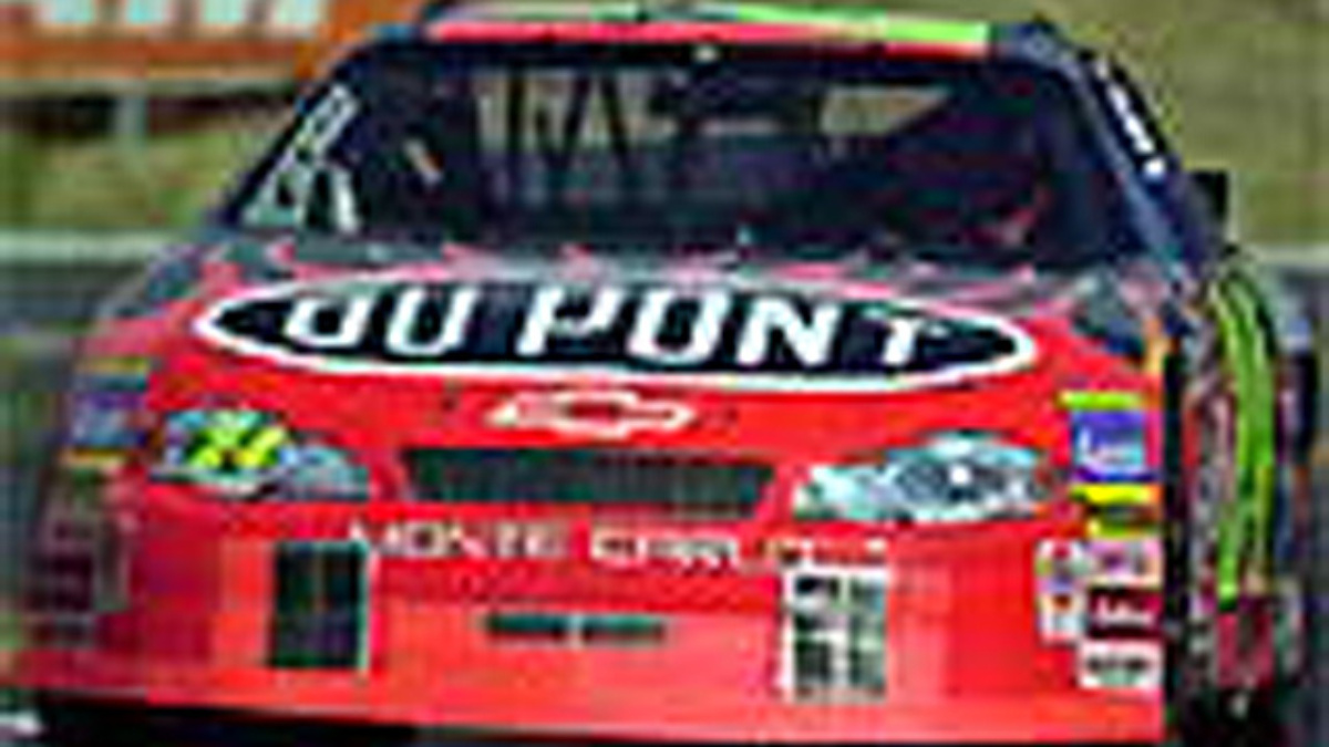 Team DuPont Quick in Darlington Happy Hour