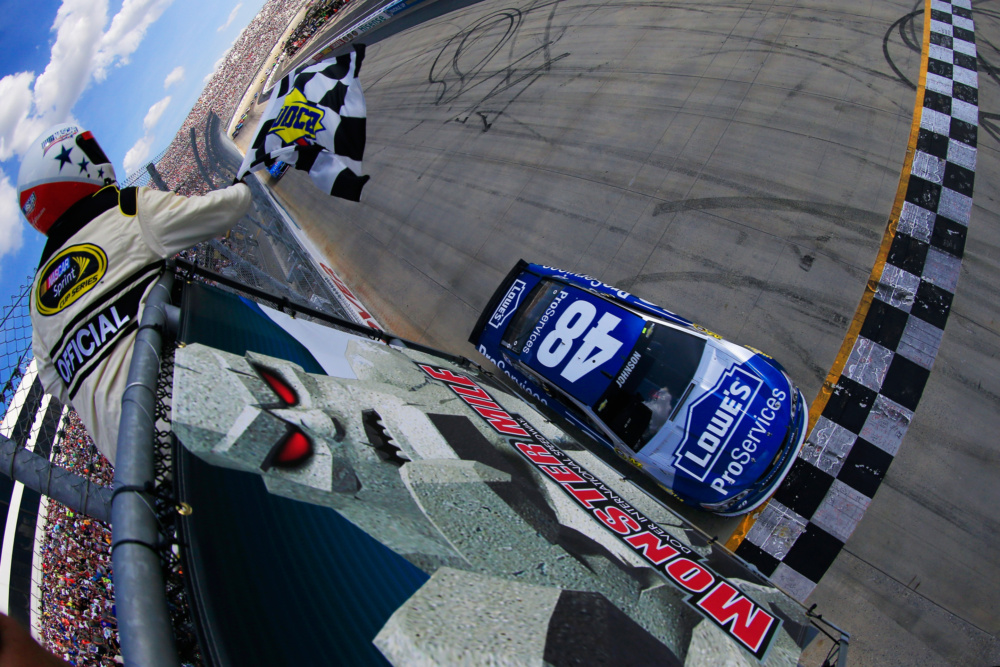 Boom! Confetti for Johnson in Dover Victory Lane | Hendrick ...