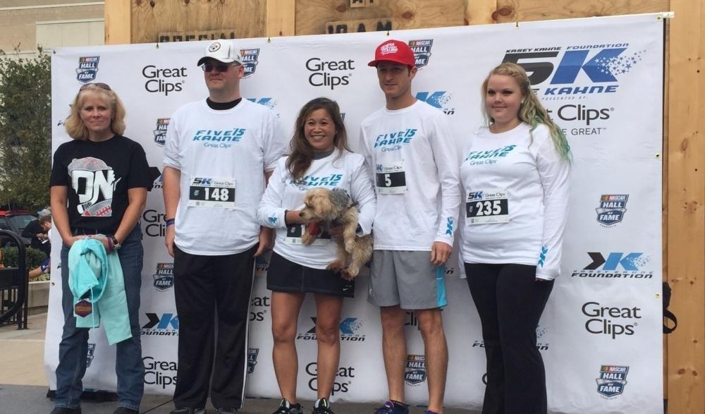 Kahne Runs 5K For Charity
