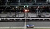 Earnhardt celebrates Duel win in Daytona